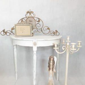 Konsolka biała, stolik przyścienny