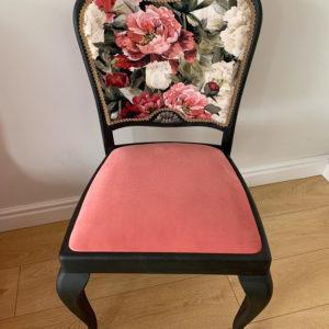 Krzesło stylizowane Graphite i clear Wax Annie Sloan