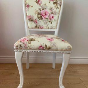 Komplet 4 krzeseł w stylu angielskim